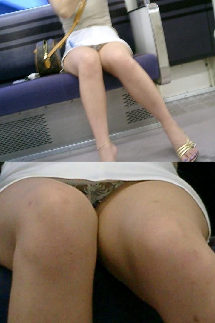 【電車内盗撮エロ画像】ここまで見えるとドン引きwww電車内でパンチラするお姉さんの股間が緩すぎて草不可避wwww その1