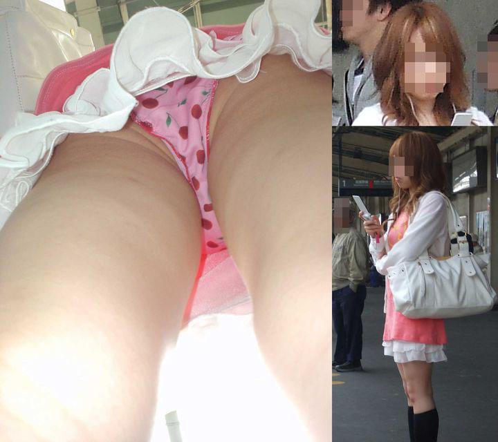 【逆さ撮りエロ画像】女の子のスカートを真下から覗くという非日常的なアングル…逆さ撮りパンチラが癖になるエロさwwww その7