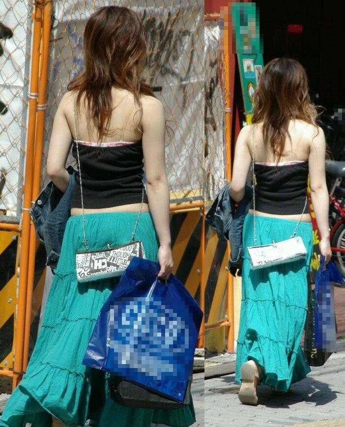 【街撮りギャルエロ画像】背中まる見え!痴女レベルな過激ファッションで街中を闊歩するギャルwww その15