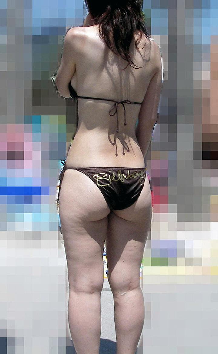 【子連れママ水着エロ画像】市民プールがエロ過ぎぃ!!子連れママさんの過激な水着が攻めすぎだぜぇwww その6