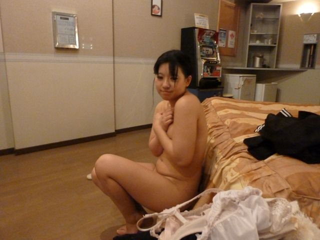 【ラブホ流出エロ画像】この尋常じゃない臨場感は間違いなくガチ!リアル彼女とホテルでエッチなことしてる流出画像がヤバいwww その11