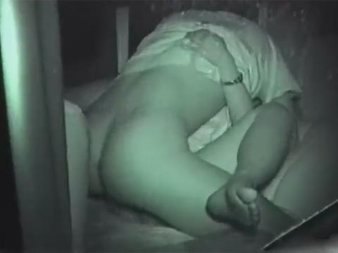 【カーセックス赤外線盗撮画像】こんなにも覗けるもの!?深夜のカーセックスがまる見え…赤外線カメラの性能がマジすげぇwwww その5