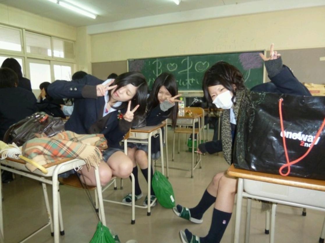 【おふざけJKエロ画像】放課後の女子高生がすっげー楽しそう♪ちょっとエッチなおふざけインスタグラム その5