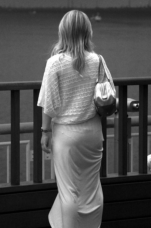 【赤外線盗撮エロ画像】赤外線カメラで街中を撮った結果…怖いぐらい透ける透ける!これは規制が必須だなwwww その10