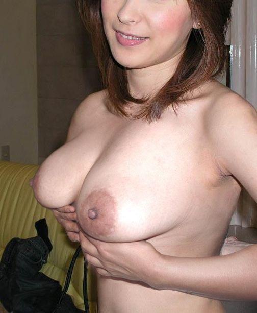 【熟女エロ画像】すげぇエッチな身体…ほどよく熟れたアラサー・アラフォー熟女の裸体が強烈にエロいwww その13
